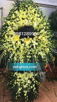 lẵng hoa lan vàng 2 tầng